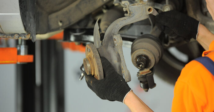 Hvordan man fjerner VW SHARAN 2.0 1999 Hjulleje - nem at følge online instruktioner