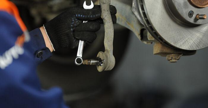 Ersetzen Sie Spurstangenkopf am KIA Sorento jc 2012 2.5 CRDi selbst