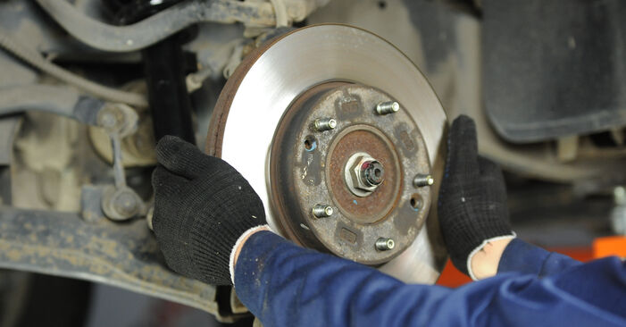 DIY replacement of Brake Discs on KIA SORENTO I (JC) 3.5 V6 2016 is not an issue anymore with our step-by-step tutorial