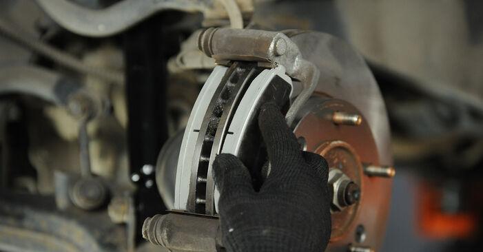 SORENTO I (JC) 3.5 2013 Bremsbeläge - Wegleitung zum selbstständigen Teileersatz