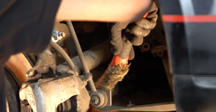 How to remove TOYOTA RAV4 2.4 4WD 2004 Anti Roll Bar Links - online easy-to-follow instructions