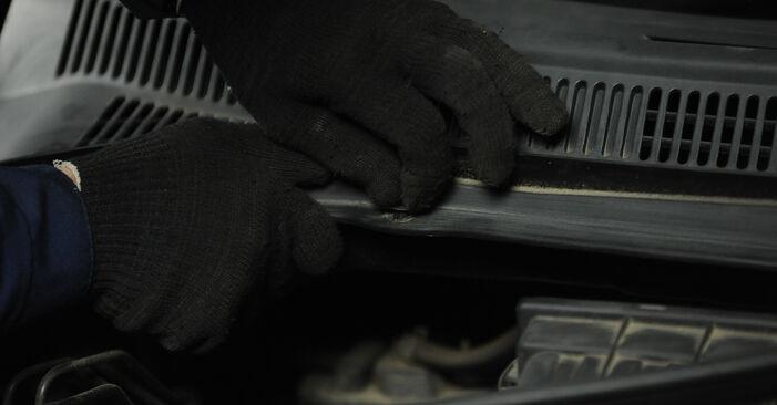 Wie schwer ist es, selbst zu reparieren: Stoßdämpfer SUZUKI SWIFT III (MZ, EZ) 1.2 2011 Tausch - Downloaden Sie sich illustrierte Anleitungen
