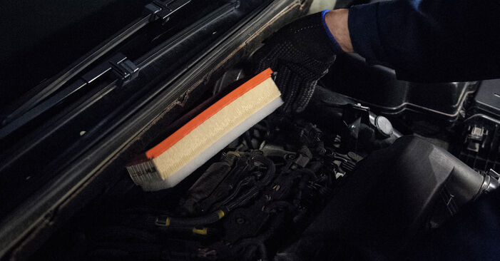 PEUGEOT 407 1.8 16V Air Filter replacement: online guides and video tutorials