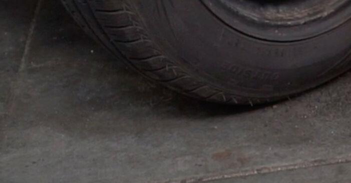 Wie schwer ist es, selbst zu reparieren: Spurstangenkopf Peugeot 407 Limousine 2.0 16V 2010 Tausch - Downloaden Sie sich illustrierte Anleitungen