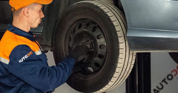 Ar sudėtinga pasidaryti pačiam: Peugeot 407 Sedan 2.0 16V 2010 Stabdžių Kaladėlės keitimas - atsisiųskite iliustruotą instrukciją