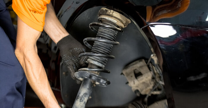 How hard is it to do yourself: Strut Mount replacement on Golf 5 2.0 TDI 2005 - download illustrated guide