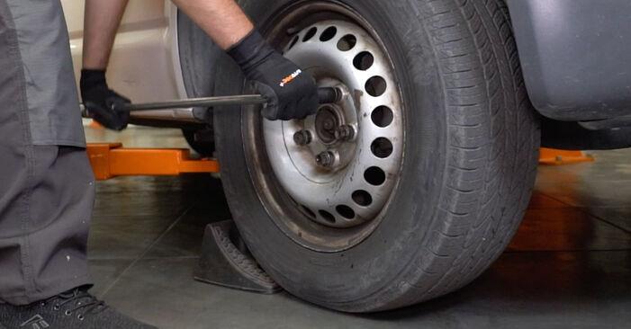 Comment changer Biellette De Barre Stabilisatrice sur VW T5 Van 2003 - Manuels PDF et vidéo gratuits