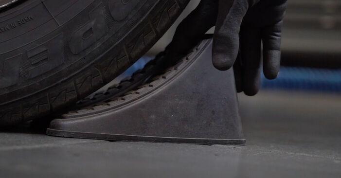 Wie man VW TRANSPORTER 2.5 TDI 2007 Koppelstange wechselt – Leicht verständliche Wegleitungen online