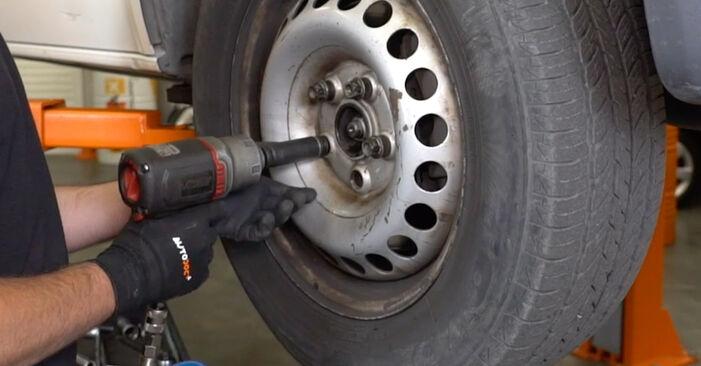 VW T5 Kasten 2.5 TDI 4motion 2005 Koppelstange wechseln: Kostenfreie Reparaturwegleitungen