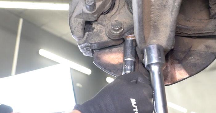 À quel point est-il difficile de le faire soi-même : télécharger le guide illustré pour le changement de Rotule de Suspension sur VW Transporter T5 1.9 TDI 2009