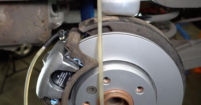 Bremssattel Ihres VW T5 Kasten 2.5 TDI 2011 selbst Wechsel - Gratis Tutorial