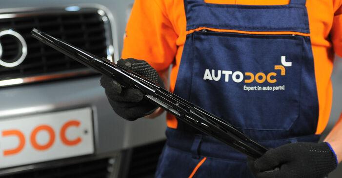 Kaip pakeisti Valytuvo gumelė la Audi A4 b6 2000 - nemokamos PDF ir vaizdo pamokos