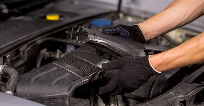 Luftfilter Audi A4 B6 2.5 TDI quattro 2002 wechseln: Kostenlose Reparaturhandbücher