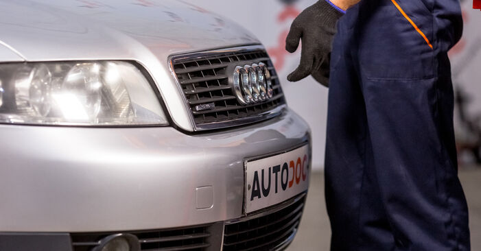 AUDI A4 1.9 TDI Fuel Filter replacement: online guides and video tutorials