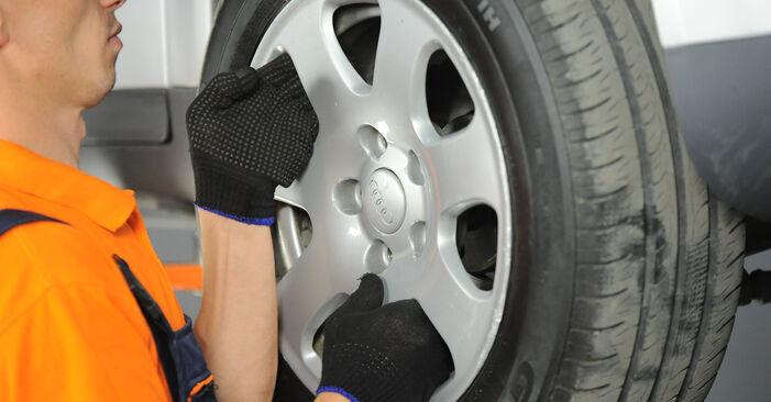 Wechseln Spurstangenkopf am AUDI A4 Limousine (8E2, B6) 1.8 T 2003 selber