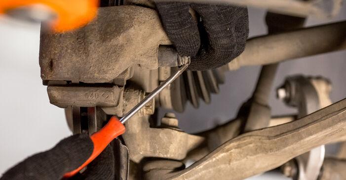 Ar sudėtinga pasidaryti pačiam: Audi A4 b6 2.5 TDI 2001 Stabdžių Kaladėlės keitimas - atsisiųskite iliustruotą instrukciją