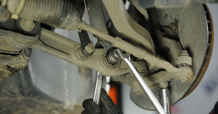 Changing Anti Roll Bar Links on MERCEDES-BENZ E-Class Saloon (W211) E 220 CDI 2.2 (211.008) 2005 by yourself