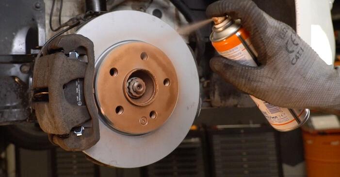 Wie schwer ist es, selbst zu reparieren: Koppelstange Mercedes W211 E 320 CDI 3.0 (211.022) 2008 Tausch - Downloaden Sie sich illustrierte Anleitungen