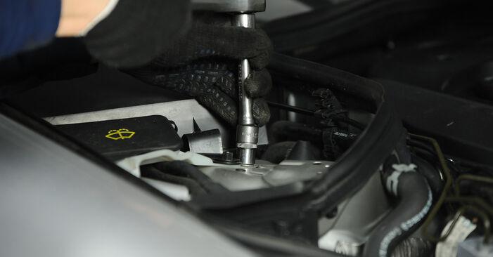 E-Klasse Limousine (W211) E 280 CDI 3.0 (211.020) 2005 E 270 CDI 2.7 (211.016) Domlager - Handbuch zum Wechsel und der Reparatur eigenständig