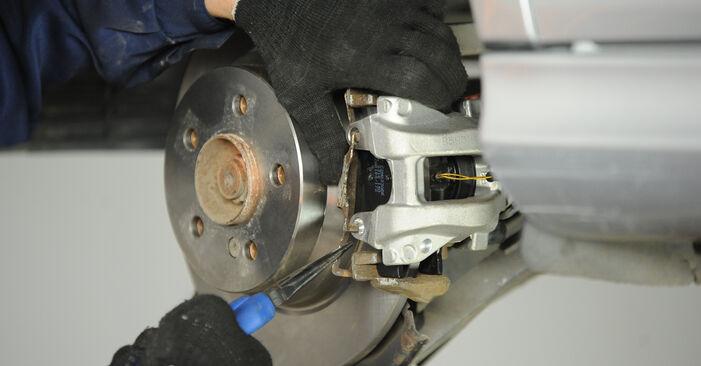 Wie man Bremssattel beim Mercedes W211 2002 wechselt - Gratis PDF- und Video-Tutorials