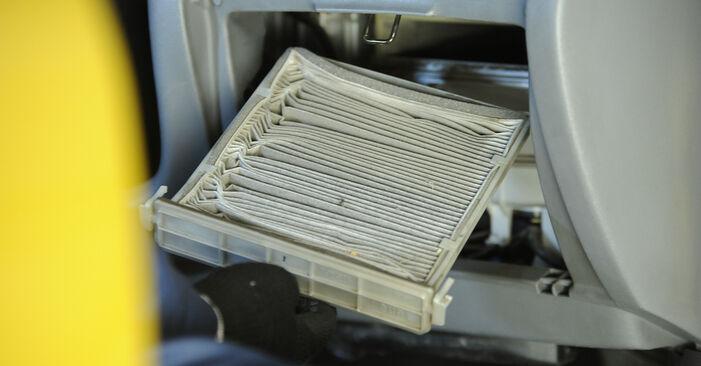 Interieurfilter TOYOTA Yaris Hatchback (_P1_) 1.3 (NCP10_, SCP12_) 2002 zelf verwisselen