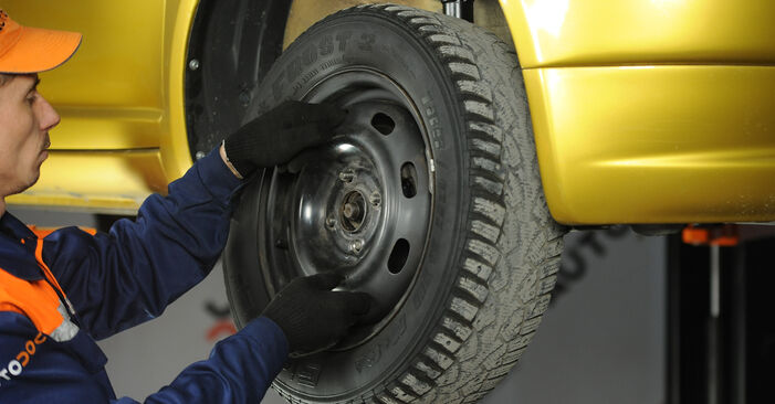 Federn Toyota Yaris p1 1.3 (SCP12_) 2001 wechseln: Kostenlose Reparaturhandbücher