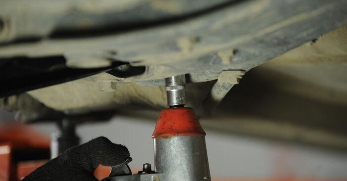 Wie schwer ist es, selbst zu reparieren: Querlenker Toyota Yaris p1 1.0 (SCP10_) 2005 Tausch - Downloaden Sie sich illustrierte Anleitungen