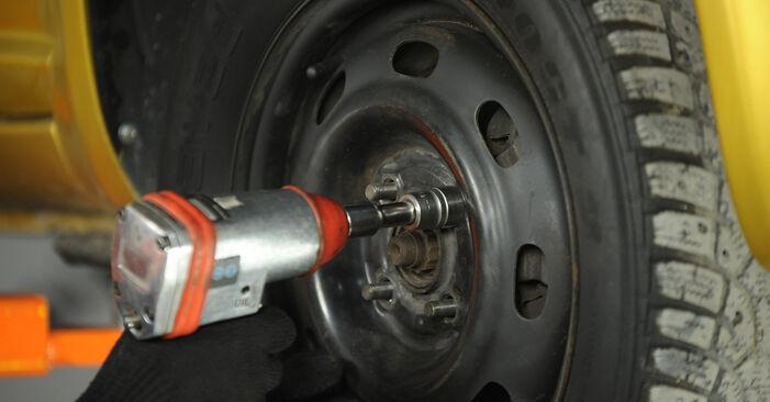 Querlenker Toyota Yaris p1 1.3 (SCP12_) 2001 wechseln: Kostenlose Reparaturhandbücher