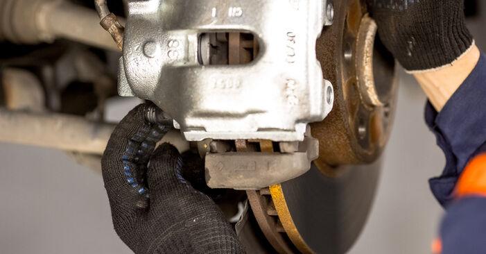 Wie lange benötigt das Auswechseln der Teile: Bremssattel beim BMW E53 2000 - Detailliertes PDF-Tutorial