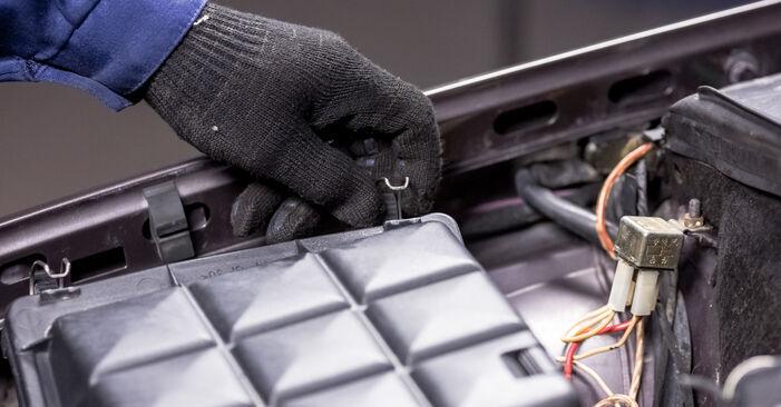 Luftfilter Mercedes W202 C 220 D 2.2 (202.121) 1995 wechseln: Kostenlose Reparaturhandbücher