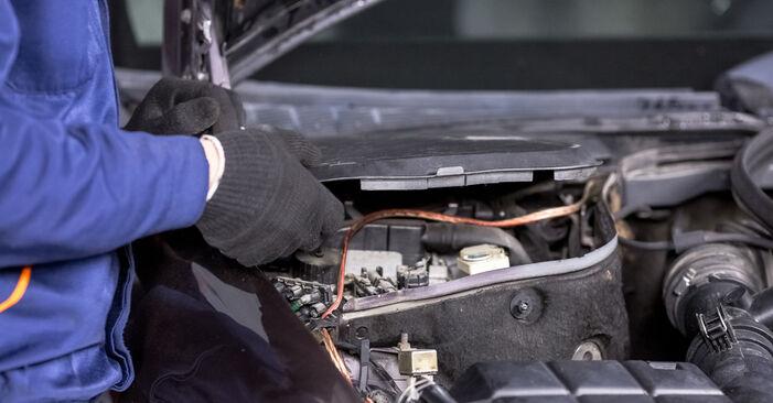 C-Klasse Limousine (W202) C 200 2.0 (202.020) 1996 C 250 2.5 Turbo Diesel (202.128) Stoßdämpfer - Handbuch zum Wechsel und der Reparatur eigenständig