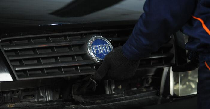 Wie Luftfilter Fiat Punto 188 1.2 60 1999 tauschen - Kostenlose PDF- und Videoanleitungen