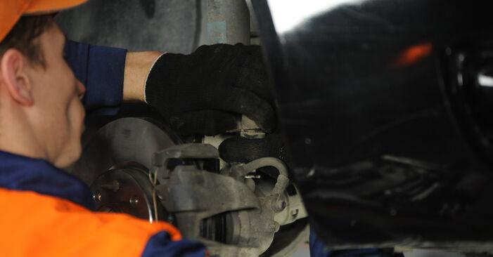 Svojpomocná výmena Lozisko kolesa na FIAT PUNTO (188) 1.9 JTD 80 2002