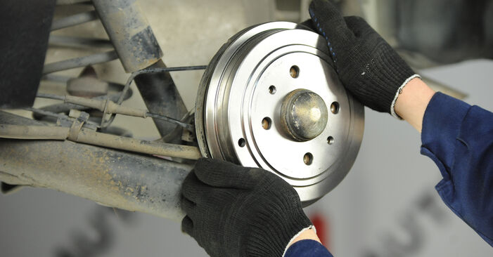 Need to know how to renew Brake Shoes on FIAT PUNTO ? This free workshop manual will help you to do it yourself