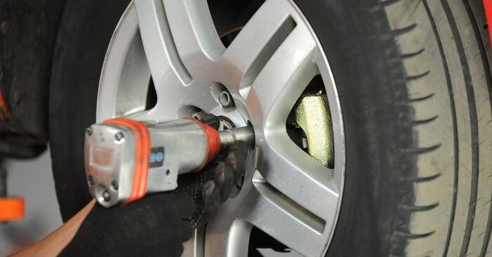 VW GOLF 1.9 TDI Radlager ausbauen: Anweisungen und Video-Tutorials online