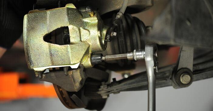 Wie VW GOLF 1.8 T 2001 Radlager ausbauen - Einfach zu verstehende Anleitungen online