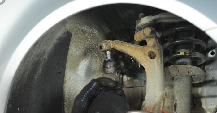 Tausch Tutorial Spurstangenkopf am VW PASSAT Variant (3B6) 2000 wechselt - Tipps und Tricks