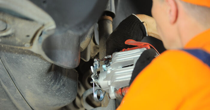 How to change Brake Calipers on Passat 3B6 2000 - free PDF and video manuals