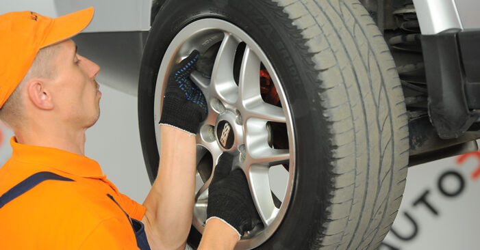 How to remove VW PASSAT 1.6 2004 Brake Calipers - online easy-to-follow instructions