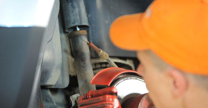 Ako vymeniť Brzdový strmeň na VW PASSAT Variant (3B6) 2005: stiahnite si PDF návody a video inštrukcie.