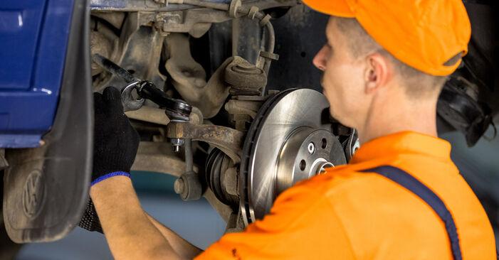 Schritt-für-Schritt-Anleitung zum selbstständigen Wechsel von VW T4 Transporter 2003 2.5 TDI Syncro Spurstangenkopf