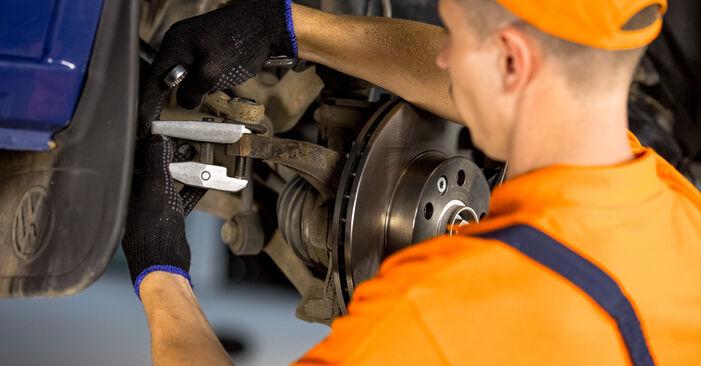 Spurstangenkopf beim VW TRANSPORTER 2.4 D 1997 selber erneuern - DIY-Manual