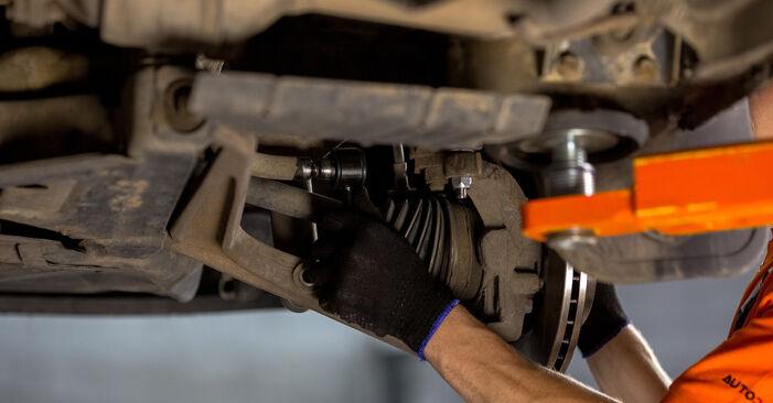 VW TRANSPORTER 2.5 Koppelstange ausbauen: Anweisungen und Video-Tutorials online