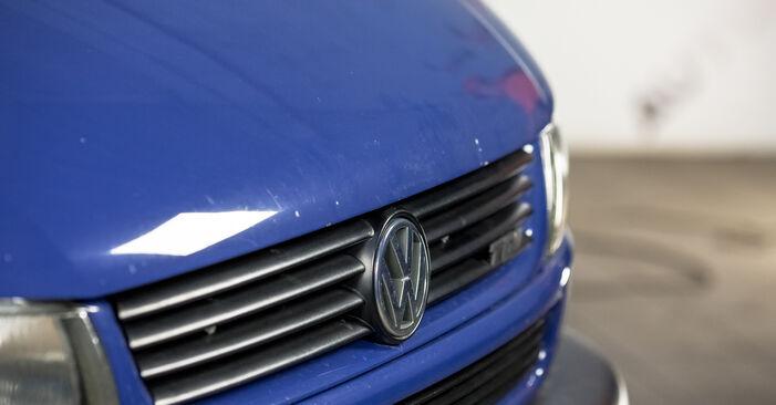 VW TRANSPORTER 2.5 Bremssattel ausbauen: Anweisungen und Video-Tutorials online