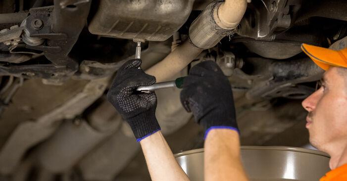 Wechseln Sie Ölfilter beim Opel Corsa C 2000 1.2 (F08, F68) selber aus