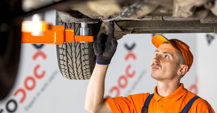 Hogyan Opel Corsa C 2000 Üzemanyagszűrő cseréje - ingyenes PDF és videó-útmutatók