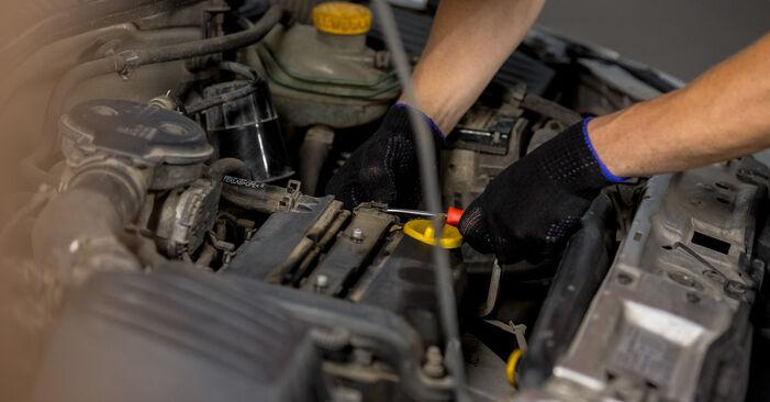 Wechseln Zündkerzen am OPEL Corsa C Schrägheck (X01) 1.2 Twinport (F08, F68) 2003 selber