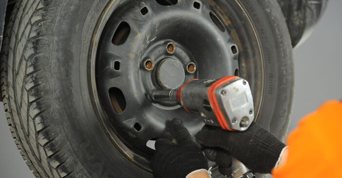 Changing Brake Discs on VW POLO (9N_) 1.2 2004 by yourself