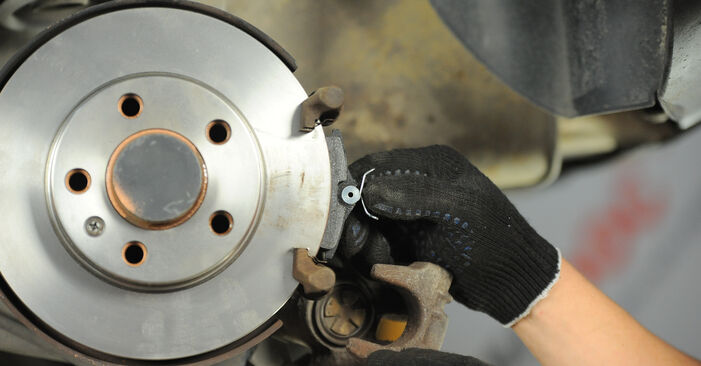 POLO (9N_) 1.9 TDI 2012 Remblokken instructies voor doe-het-zelf vervangen