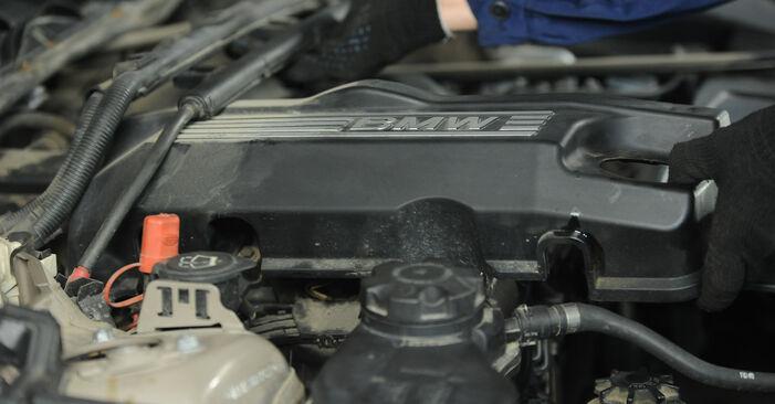 BMW 3 SERIES 320i 2.0 Uždegimo žvakė keitimas: internetiniai gidai ir vaizdo pamokos